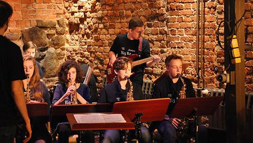 bands-ensembles